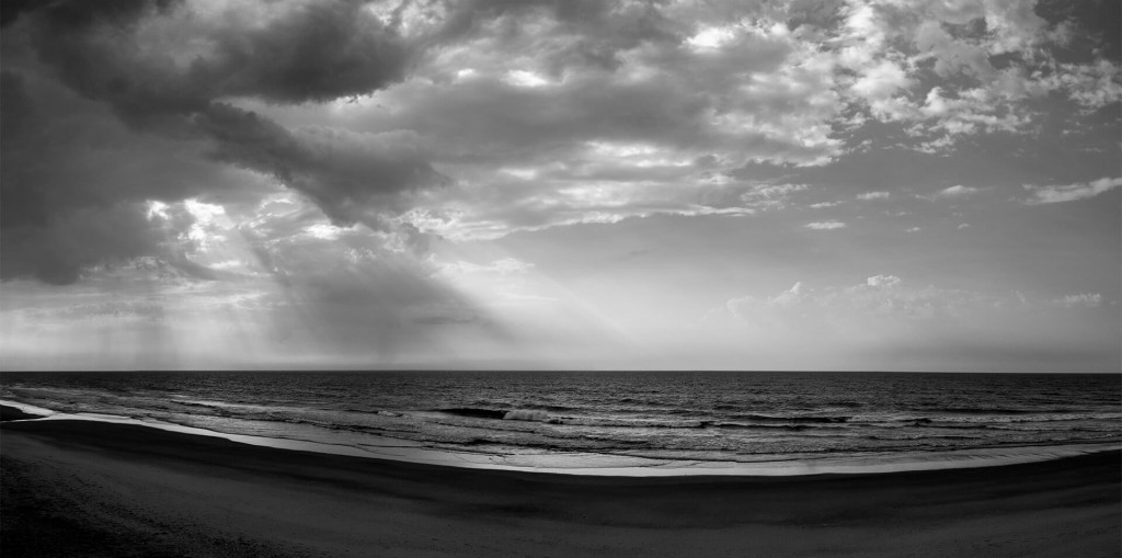 Topsail Storms: Rays Panorama